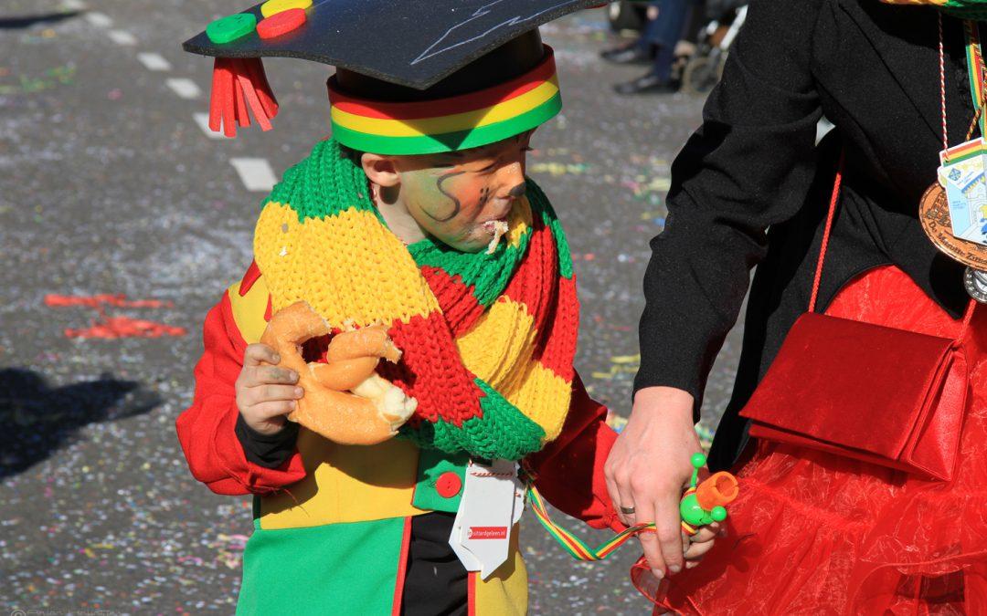 Sittardse carnavalsoptochten naar zondag 8 maart